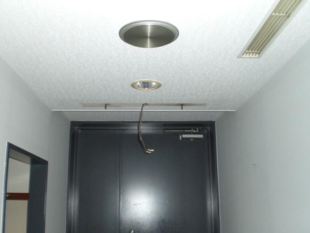 (2)既存誘導灯撤去
